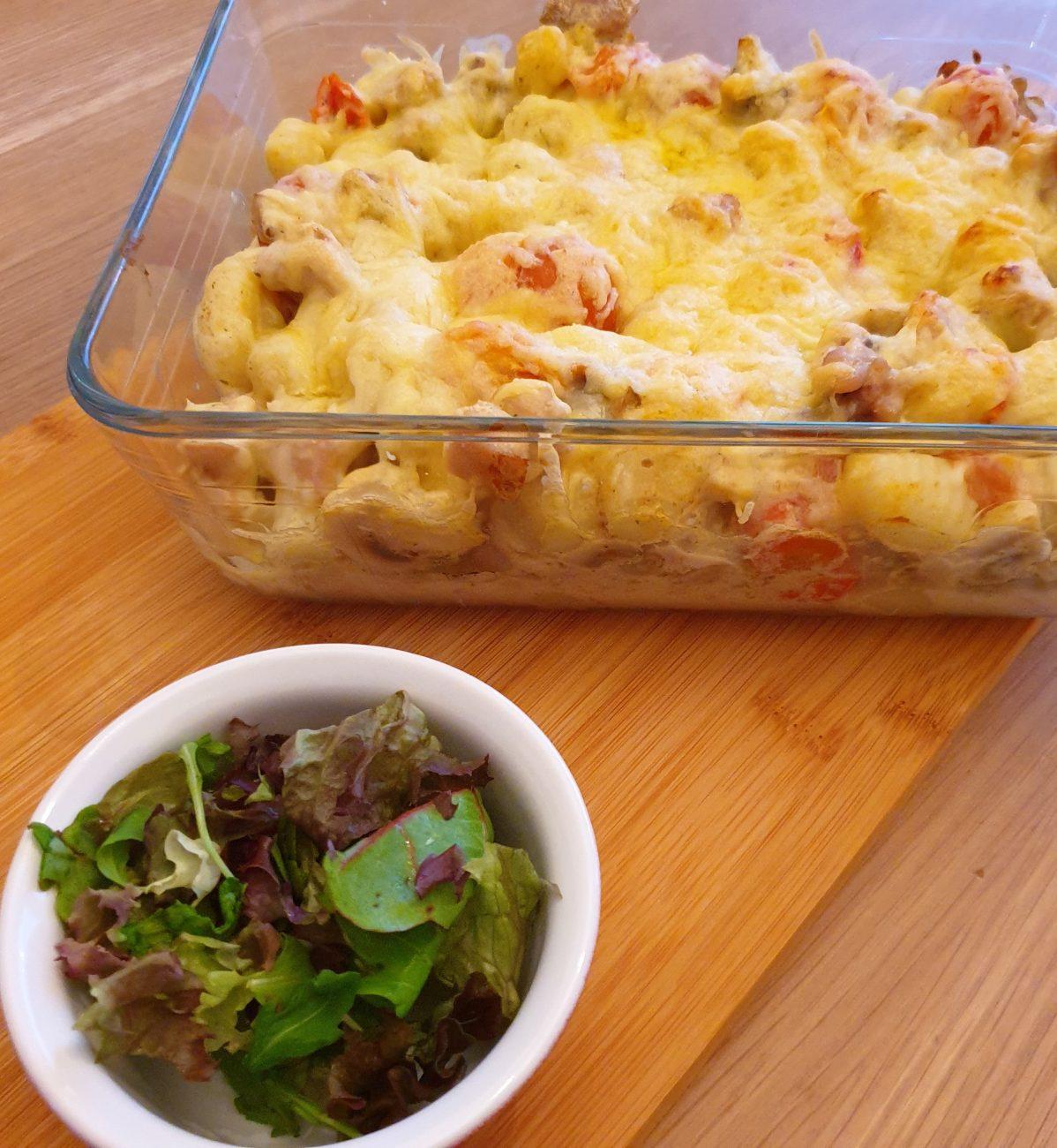 Ovenschotel met gnocchi, kip en champignons
