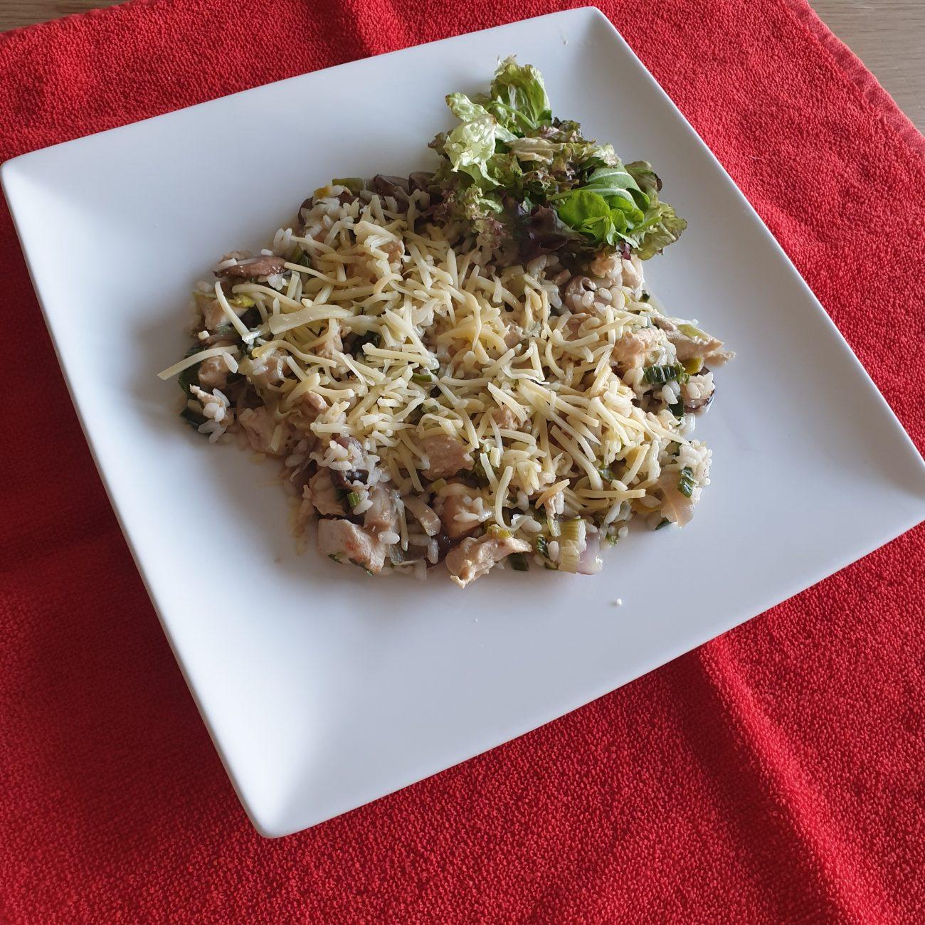 Risotto met roerbakgroenten en kip